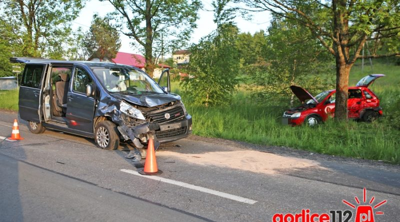 Wypadek w Dominikowicach. Utrudnienia na dw nr 993