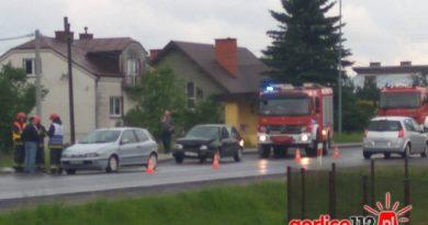Stłuczka dwóch pojazdów. DK 28 w miejscowości Klęczany (gmina Gorlice)