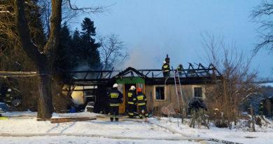 Zagórzany, pożar domu. Pięciosobowa rodzina bez dachu nad głową.