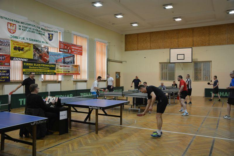 Tuniej policjantów w tenisie stołowym - Gorlice 24 03 2018