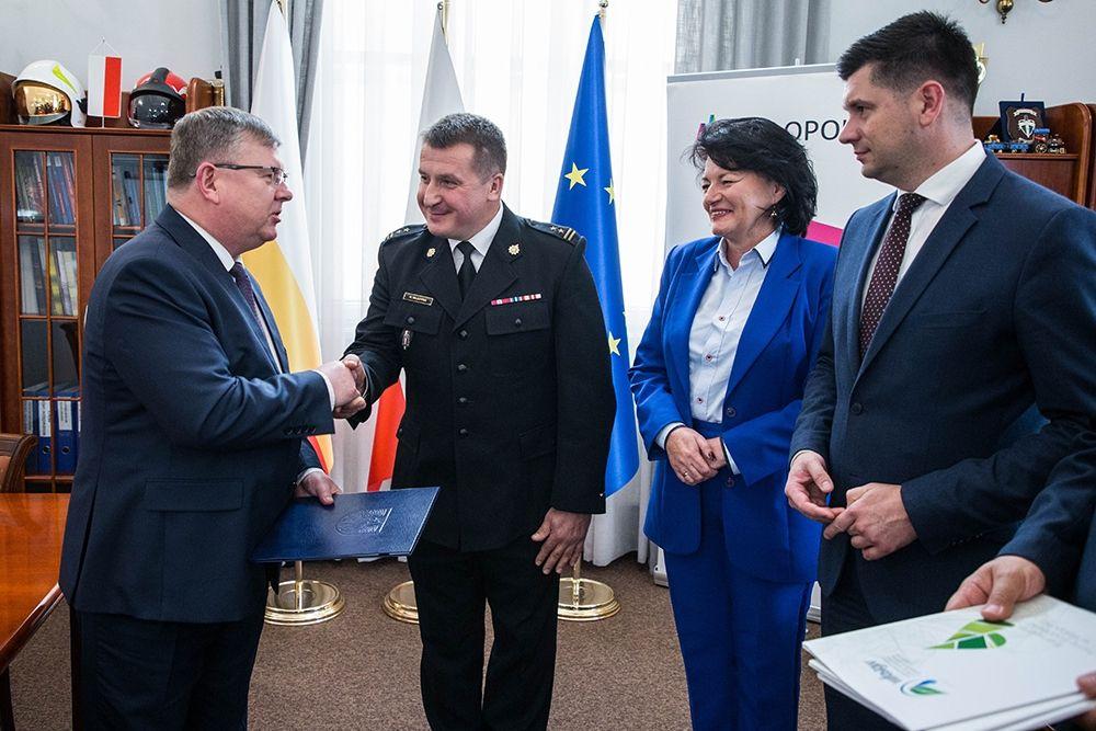 Komenda PSP w Gorlicach zmodernizuje kotłownię. Zrzuciły się samorządy oraz WFOŚiGW!