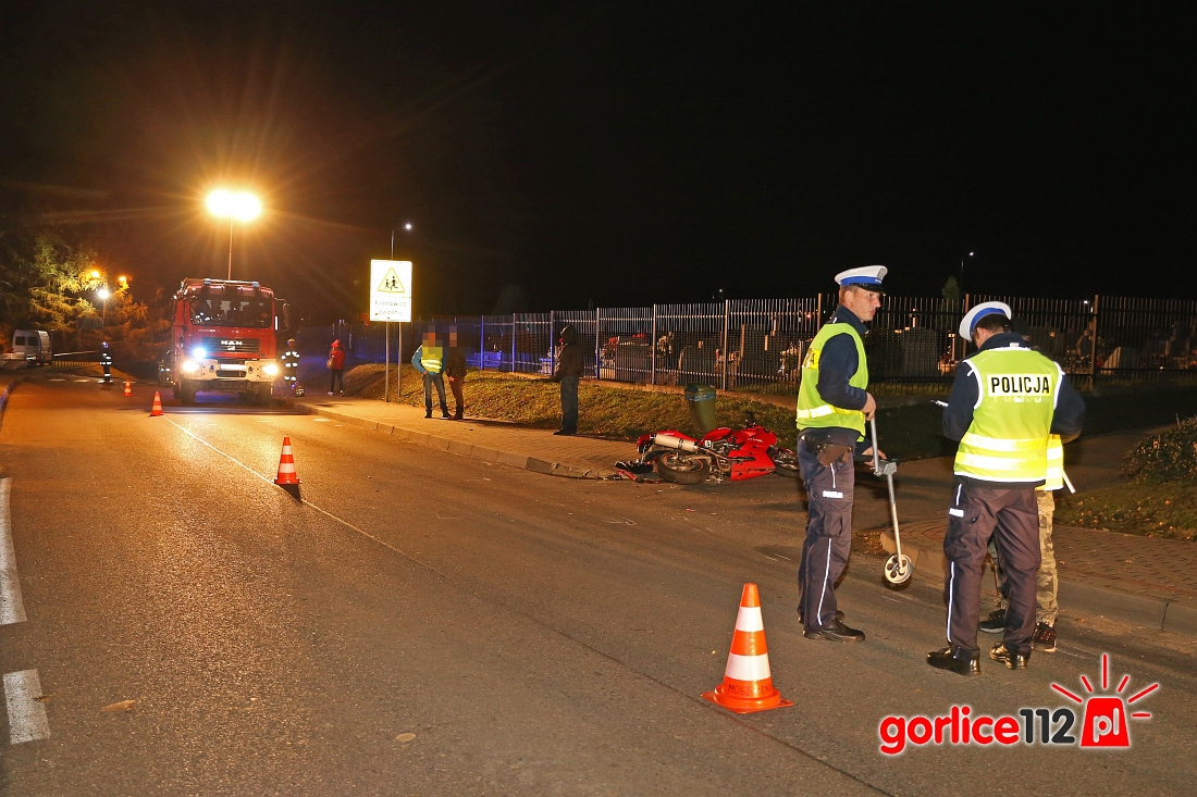 Moszczenica: zderzenie motocykla z samochodem. Potem kolizja pod kościołem!