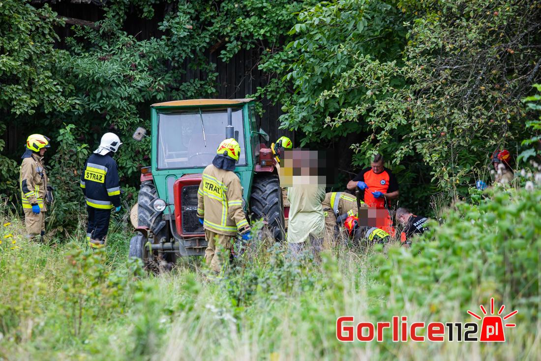 Ropa: wypadek podczas prac polowych. Ranny traktorzysta!